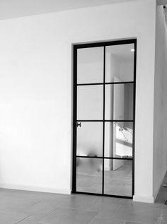 Smeedijzeren deur