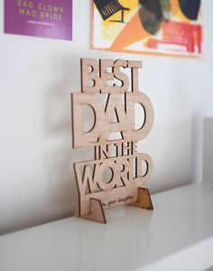 Best Dad in the World Father's Day Card Plywood by PopinPly 3d Laser, Laser Cut Wood, Laser Cutting, Laser Cutter Ideas, Laser Cutter Projects, Small Wood Projects, Cnc Projects, World Father's Day, Wood Crafts