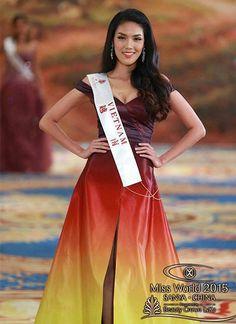 Lý Quí Khánh bật khóc khi váy của Lan Khuê thắng giải 'World Designer' - http://www.iviteen.com/ly-qui-khanh-bat-khoc-khi-vay-cua-lan-khue-thang-giai-world-designer/ Chiếc váy mang hình ảnh ngọn lửa cháy bùng của nhà thiết kế Việt được tôn vinh tại cuộc thi Hoa hậu Thế giới 2015.   #iviteen #newgenearation #ivietteen #toivietteen  Kênh Blog - Mạng xã hội giải trí hàng đầu cho giới trẻ Việt.  ww