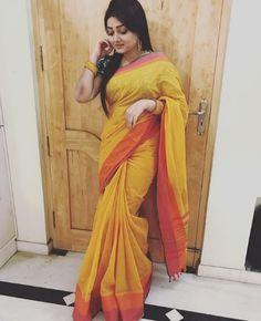 Beautiful Saree, Beautiful Gorgeous, Beautiful Heroine, Actress Priyanka, India Beauty, Hot Actresses, Yellow Dress, Beauty Women, Sari