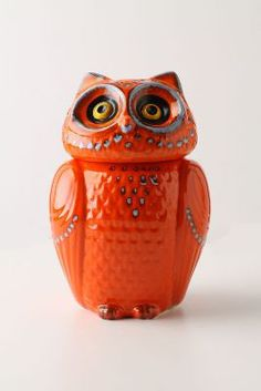 Pantone has designated the bright reddish-orange color named Tangerine Tango as the 2012 Color of the Year. I love this Wise Ol' Owl Canister from Anthropologie. Owl Cookies, Cute Cookies, Owl Cookie Jars, Cookie Containers, Cookie Cutters, Owl Always Love You, Vintage Cookies, Anthropologie, Wise Owl