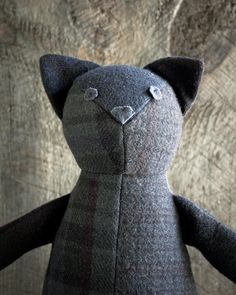 DIY Wool Patchwork Cat - FREE Sewing Pattern and Step-by-Step Tutorial