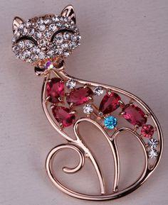 Rhinestone cat brooch