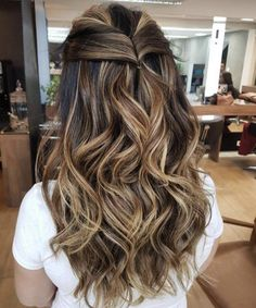 Projeto Along Hair Balayage Brunette, Brunette Hair, Sombre Hair, Brown Blonde Hair, Light Brown Hair, Long Bob Ombre, Cabelo Ombre Hair, Hair Melt, Hair Contouring