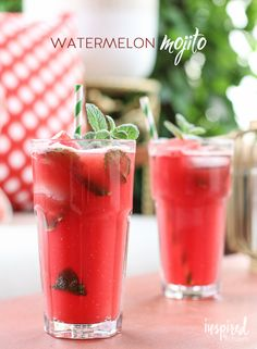 Watermelon Mojitos cocktail recipe from - Along with the mint, pureed fresh watermelon, white rum, lime juice, and a little sweetness come together to create a thirst-quenching afternoon treat. And it's simple to make. Summer Cocktails, Cocktail Drinks, Cocktail Recipes, Cocktail Ideas, Popular Cocktails, Drink Recipes, Refreshing Drinks, Fun Drinks, Beverages