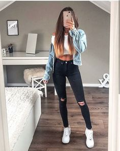 💕💕❤️❤️ Best Picture For chill outfits lazy days For Your Taste You are looking for something, and it Casual School Outfits, Teenage Outfits, Cute Comfy Outfits, Chill Outfits, Teen Fashion Outfits, Sporty Outfits, Swag Outfits, Casual Summer Outfits, Simple Outfits