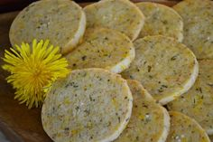 Sweet & Savoury Dandelion Rosemary Shortbread Recipe - Litha - Summer Solstice - Pinned by The Mystic's Emporium on Etsy Rosemary Shortbread Recipe, Shortbread Recipes, Dandelion Recipes, Flower Food, Muffins, Savoury Dishes, Kraut, Gluten Free Recipes, Cookies Et Biscuits