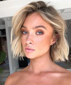 Hairstyles For Round Faces .Hairstyles For Round Faces Short Balayage, Bronde Balayage, Blonde Balayage Bob, Balyage Bob, Caramel Balayage Bob, Hair Inspo, Hair Inspiration, Balayage Extensions, Blonde Hairstyles
