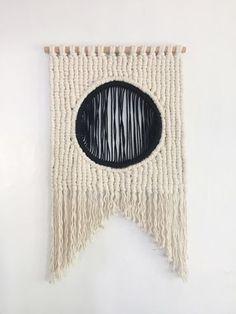 Ooooh, coooool!!!! Sally England Custom Macrame and Fiber Art
