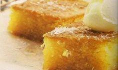 ΡΑΒΑΝΊ ΠΟΛΊΤΙΚΟ ΑΥΘΕΝΤΙΚΌ!               Το κλασσικό πολίτικο ραβανί   μπορούμε να το συνοδεύσουμε με παγωτό καϊμάκι. Τι χρειαζόμαστε: 1 σ... Greek Sweets, Greek Desserts, Greek Recipes, Cyprus Food, Greek Cooking, Sweet Life, Carrot Cake, Cornbread, Sweet Tooth