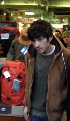 Zayn Mallik, Zayn Malik Photos, X Factor, Chon Mendes, One Direction Pictures, 1d And 5sos, Celebs, Celebrities, Boyfriend Material