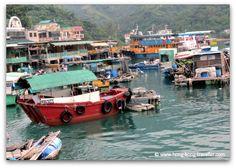 Sok Kwu Wan Waterfront and Fishing Junks