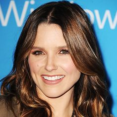 SEPTEMBER 20, 2012 Taupe Shadow If you're intimidated by dark lids (or it's just not you're thing), opt for a more subtle matte shade like Sophia Bush did at the CBS Fall Premier Party. We're loving how the stars' clean complexion and taupe shadow makes her greenish-hazel eyes really pop. To create a similar look, first lightly line top lashes with a soft brown pencil and smudge. Then, sweep a warm beige shadow over your lids and feather outward at the brow bone. Layer until you've reached…