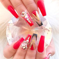 Stylish Red Nail Designs ★ See more: https://naildesignsjournal.com/stylish-red-nail-designs/ #nails