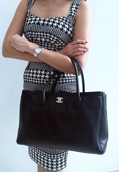 a265753fd5e15b 21 Best Chanel executive tote Bags* images | Bags, Tote Bag, Tote bags