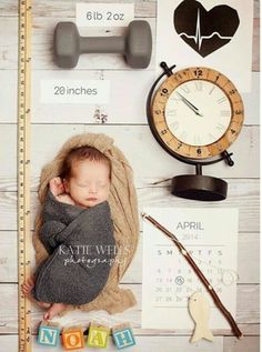 Idéia de foto de recém nascido para passar todas as informações aos familiares e…
