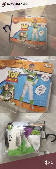 """NIP Boy's Size Small (4-6) Buzz Lightyear Costume NIP Boy's Size Small (4-6) Buzz Lightyear Costume. Never worn, Gloves Included! """"Buzz Deluxe"""" Costume. Perfect for Halloween or Dress Up! Originally $39 at Toys R Us. Fast Shipping! Smoke Free Home! Open to Offers on my Items or 15% off Bundles! Top 10% Seller!  Disguise Costumes Halloween"""