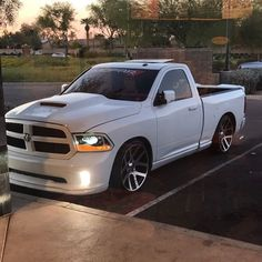 "905 Likes, 13 Comments - Gonzalo Mercado Jr (@gonzo5.7_) on Instagram: "" #WeAreMopar #LaGreatWhite #UnknownStreetTrucksAz"""