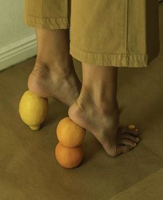 Morning Mood 🍊 * * * * * * * * by Didi Creative Photography, Portrait Photography, Artistic Fashion Photography, Vogue Photography, People Photography, Viviane Sassen, Orange Shoes, Foto Art, Mellow Yellow