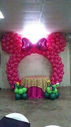 Con globos en forma de payaso para tus fiestas del dia del - Decoracion con fotografias ...