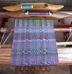 Beautiful colors, beautiful pattern, beautiful loom. http://www.flickr.com/photos/53453708@N02/6695911043/