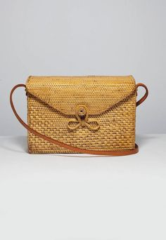 Best of Etsy: Rattan Basket Bags