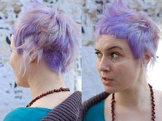 The cut and color Wip-Hairport Cute Hairstyles For Short Hair, Pixie Hairstyles, Short Hair Styles, Nova Hair, Queer Hair, Punky Hair, Purple Pixie, Bright Hair, About Hair