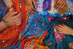 Indian fabric is the most beautiful! Beautiful Collage, Most Beautiful, Indian People, Indian Fabric, Fabulous Fabrics, Textiles, My Style, Pretty, Quilts