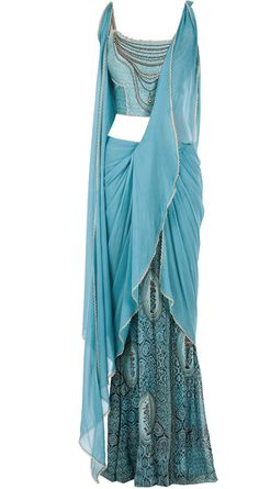 Tarun Tahiliani presents Blue draped sari with printed blouse available only at Pernia's Pop-Up Shop. Dress Indian Style, Indian Fashion Dresses, Indian Gowns, Indian Bridal Outfits, Pakistani Bridal Dresses, Stylish Dresses For Girls, Stylish Dress Designs, Designer Party Dresses, Festa Party