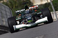 F1 Cars 2001-2013 on Pinterest | Formula One, Mark Webber ...