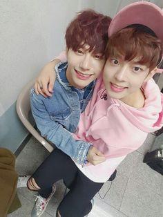 [#빅톤] #victon #kpop #jung #subin #jungsubin #kang #seungsik #kangseungsik #maknae #mom