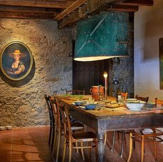 This Is the Dream: How to Turn a Tuscan Fortress Into Your Own Retreat — Elle Decor Dining Room Table, Dining Chairs, Antique Iron Beds, Elle Decor Magazine, Tin Tub, Antique Dining Rooms, Mug Design, Under The Tuscan Sun, Inspiration Design