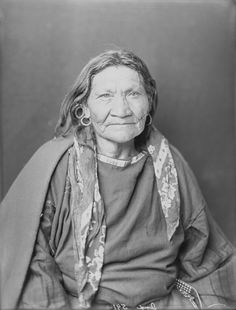 Blackfoot Woman 1900 ... I looked very close at this picture and realized that I look a lot like her - facial structure is the same ...