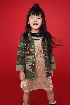 Crushed Velvet Dress (Kids) Tween Fashion, Trendy Fashion, Fashion Models, Fashion Show, Fashion Tips, Fashion 2015, Fashion Hacks, Fall Fashion, Trendy Outfits