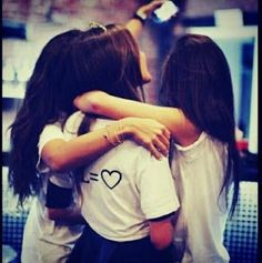 Shared by princess Rose. Find images and videos about friends, forever and bff on We Heart It - the app to get lost in what you love. Cute Girl Poses, Girl Photo Poses, Girl Photography Poses, Whatsapp Profile Picture, Profile Picture For Girls, Stylish Girls Photos, Stylish Girl Pic, Best Friend Pictures, Friend Photos