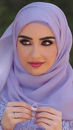 Muslim Girls, Muslim Fashion, Cloths, Culture, Clothes For Women, Drop Cloths, Outerwear Women, Fabrics, Clothes