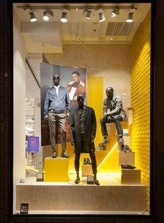 http://retaildesignblog.net/2015/11/05/river-island-windows-2015-fall-london-uk/