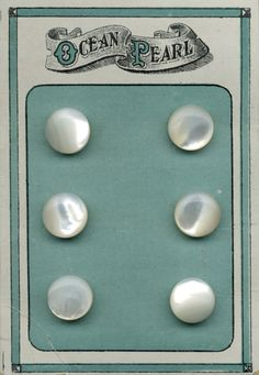 Vintage button card, I have one of these :)