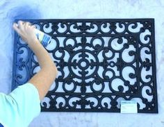 Door Mat Wall Decor In 30 Minutes Or Less If you're looking for a statement piece for your home decor but don't want to dig deep in your pockets, this is totally the project for you! Who would have thought a door mat could become such a wall beauty? Patio Wall Decor, Outdoor Wall Art, Wood Wall Decor, Diy Wall Art, Outdoor Walls, Wood Wall Art, Outdoor Wall Decorations, Wall Décor, Outdoor Decor