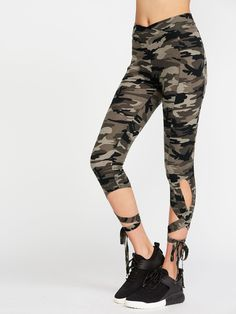 Leggings Decorated with Lace Up, Criss Cross. Regular fit. Designed in Multicolor. Fabric is very stretchy.