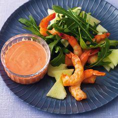 Der fruchtige Melonensalat wird mit den Gambas zu einem Vorspeisen-Hit, der sich auch gut in ein Menü einfügen lässt.