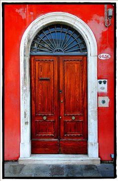 Red door, red house, love.