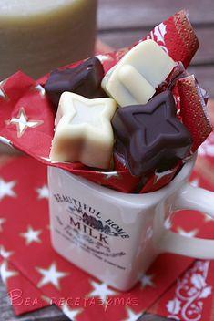 Surtido de bombones rellenos de chocolate con naranja | Recetas de cocina fáciles y sencillas | Bea, recetas y más