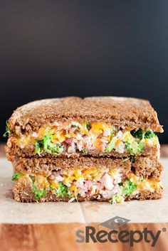 Sandwich de brócoli, queso y jamón | sRecetas.ES