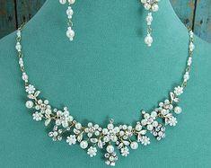 Diamantes de imitación joyería Set por AllureWeddingJewelry en Etsy