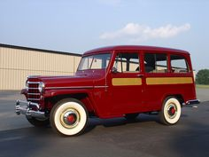 1953 Willys Deluxe Station Wagon (Model 685), Beautiful, correct show restoration of an original wagon that drives as good as it looks (61,0XX original mile...