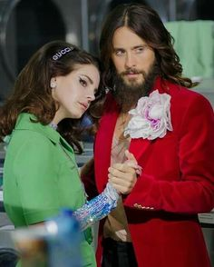 Lana Del Rey and Jared Leto dancing in the laundromat for Gucci Guilty fragrance campaign 2019 Pretty People, Beautiful People, Amazing People, Shannon Elizabeth, Queen Elizabeth, Rowan Blanchard, Shannon Leto, Sabrina Carpenter, Melanie Martinez