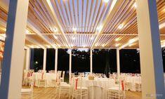 Gazebo in acciaio e legno lamellare Wedding Events, Gazebo, Villa, Chandelier, Ceiling Lights, Lighting, Home Decor, Trendy Tree, Kiosk