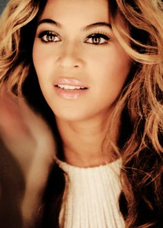 I know she is made up, but if I could wake up every morning half as beautiful, inside and out, as Beyonce.i'd be golden.or shall I say, Flawless. Beyonce Knowles Carter, Beyonce And Jay Z, King B, Mrs Carter, Queen B, Nicki Minaj, Role Models, My Idol, Portrait