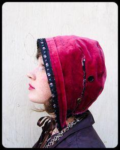 Velvet bonnet